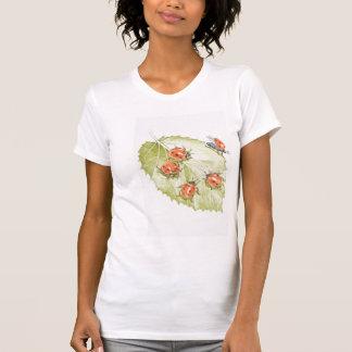 搾取工場の自由なてんとう虫T Tシャツ