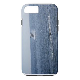 撃たれる完全なクジラ…. iPhone 8/7ケース