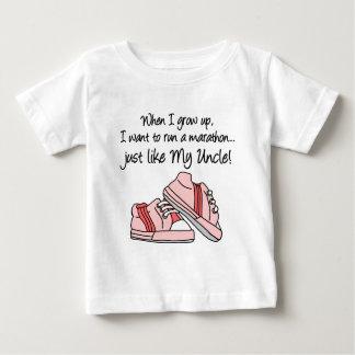 操業マラソンはちょうど私の叔父さんを好みます ベビーTシャツ