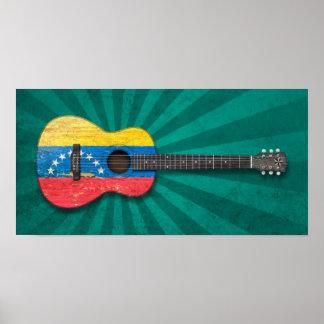 擦り切れたなベネズエラの旗のアコースティックギター、ティール(緑がかった色) ポスター