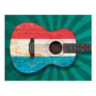 擦り切れたなルクセンブルクはアコースティックギター、ティール(緑がかった色)に印を付けます ポストカード