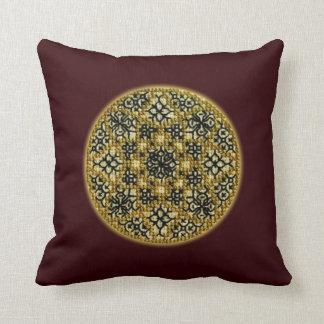 擬似ハンドメイドの十字のステッチの金で刺繍された枕 クッション