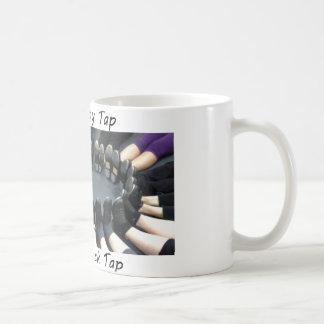 攻撃のタップのマグ-カラーサークルの足 コーヒーマグカップ