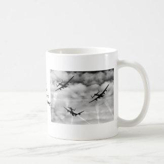 攻撃の下! コーヒーマグカップ
