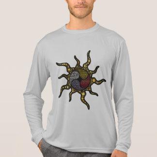 放射強健さの4つの方向質 Tシャツ