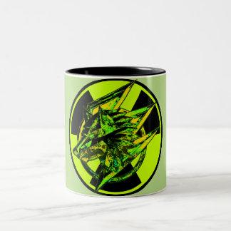 放射性石造りの賭博のオオカミ ツートーンマグカップ