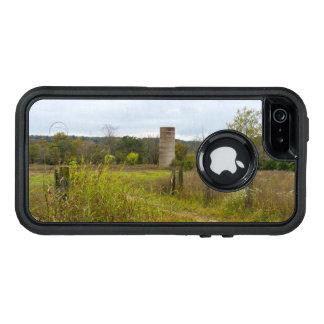 故国のサイロの景色 オッターボックスディフェンダーiPhoneケース