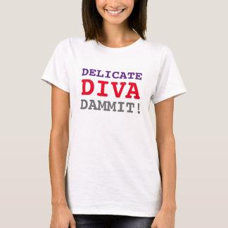 敏感な花型女性歌手DAMMIT Tシャツ