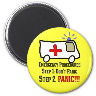 救急医療隊員があなたの緊急事態にいかに答えるか マグネット
