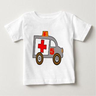 救急車の第5誕生日プレゼント ベビーTシャツ