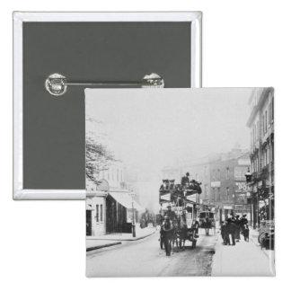 教会通り、ケンジントンc.1906の眺め 5.1cm 正方形バッジ