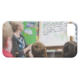 教室の提示をに与えている先生 iPhone SE/5/5s ケース