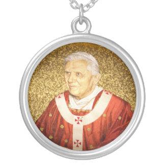 教皇ベネディクト16世のネックレス シルバープレートネックレス