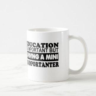 教育は重要運転しない小型を…であり コーヒーマグカップ