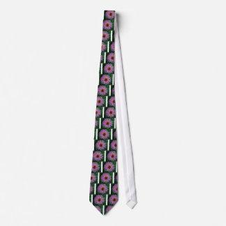 数々のな彫面を切り出された花 オリジナルネクタイ