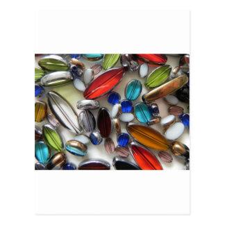 数々のな着色された水晶ビーズ ポストカード