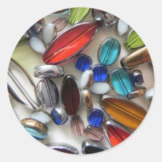 数々のな着色された水晶ビーズ ラウンドシール