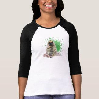敷物のTシャツのパグ Tシャツ