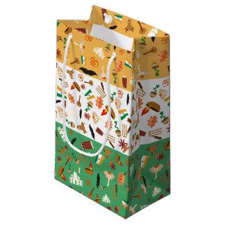 文化項目が付いているインドの旗 スモールペーパーバッグ