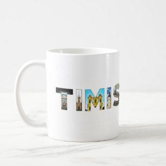 文字の記号の中のtimisoara都市ルーマニアの陸標 コーヒーマグカップ