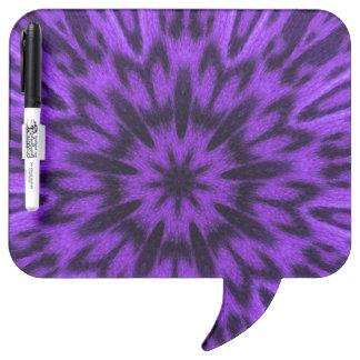 斑点を付けられたヒョウの紫色の曼荼羅 ホワイトボード