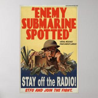 斑点を付けられる敵の潜水艦 ポスター