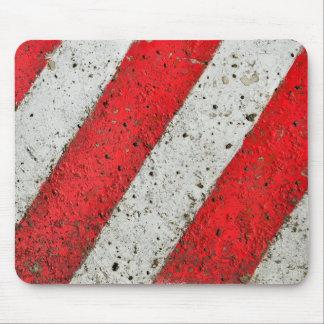 斜めの赤い陰刻都市質の交通SIG マウスパッド