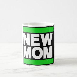 新しいお母さんの緑 コーヒーマグカップ