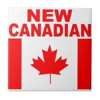 新しいカナダ人 タイル