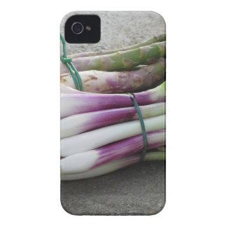 新しいタマネギおよびアスパラガスの束は選ばれて渡します Case-Mate iPhone 4 ケース