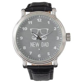 新しいパパの髭のおたくガラスのヒップスター 腕時計