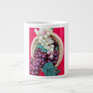 新しいブドウのコルヌコピアのマグ ジャンボコーヒーマグカップ