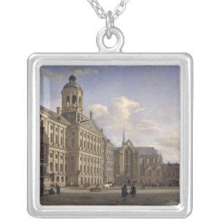 新しい市庁舎、アムステルダム1668年 シルバープレートネックレス