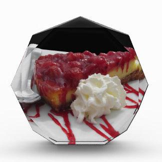 新しい果実が付いている柔らかいフルーツのチーズケーキ 表彰盾