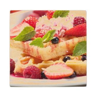 新しい果実フルーツが付いているワッフルのケーキ ウッドコースター