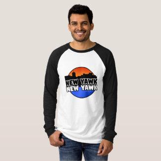 新しいYAWK新しいYAWK Tシャツ