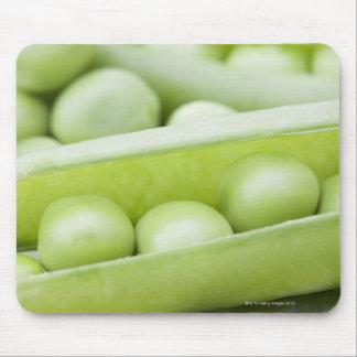 新しくオーガニックなエンドウ豆 マウスパッド