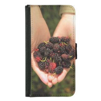 新しく、甘いクワの果実の握り GALAXY S5 ウォレットケース