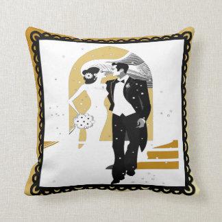 新婚者/結婚式の記念品の枕 クッション