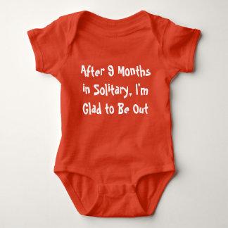 新生児のための孤独なオレンジボディスーツの9か月 ベビーボディスーツ