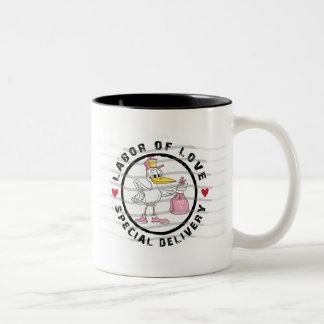 新生児の女の子の母性 ツートーンマグカップ