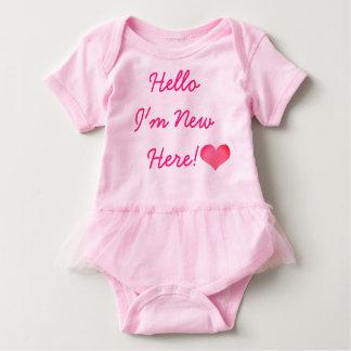 新生児の新しいここにボディスーツチュチュ ベビーボディスーツ