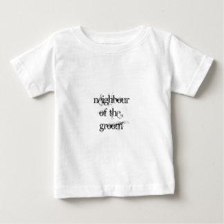 新郎の隣人 ベビーTシャツ