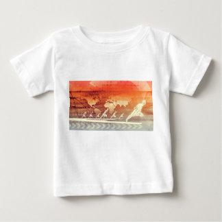 方法は成功したのとして先に進歩し、 ベビーTシャツ