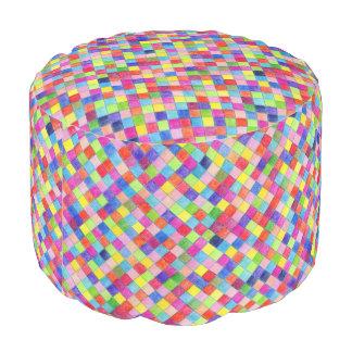 方眼紙で着色されてPoufの座席を平方します プーフ