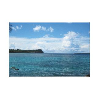 旅行グアム: 島の入江のSnorkling キャンバスプリント