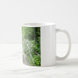 旅行者が少ない道 コーヒーマグカップ