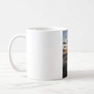 日の出のマグ コーヒーマグカップ