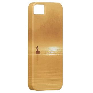 日の出の白鳥の美しいシルエット iPhone SE/5/5s ケース