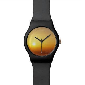 日の出の腕時計 腕時計
